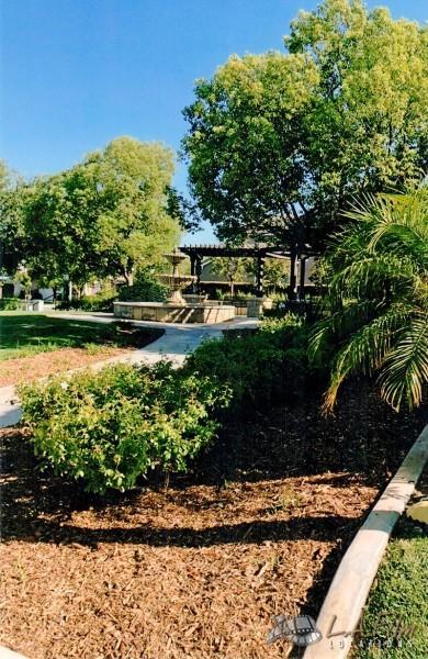 ACE_005_Fountain Park Next to House 2