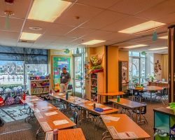 Joint_Classroom_003