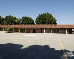 elementary_exterior_0027