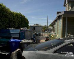 exterior_rear_0054